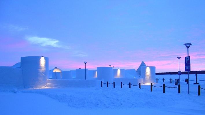 Снежная крепость в Кеми